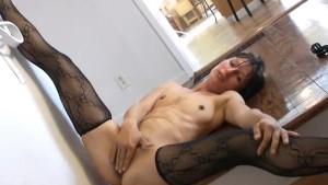 Carmen shows off her sexy mature bush