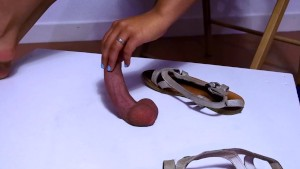Alice crushing cock and balls